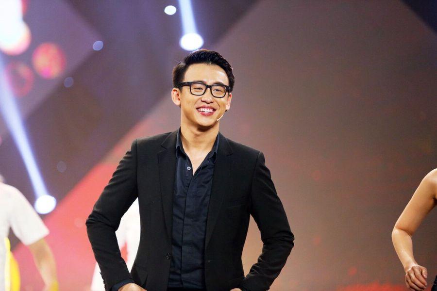 Quang Bảo sẽ có cơ hội cùng giao lưu với dàn sao trong vai trò một MC. Ảnh: Internet