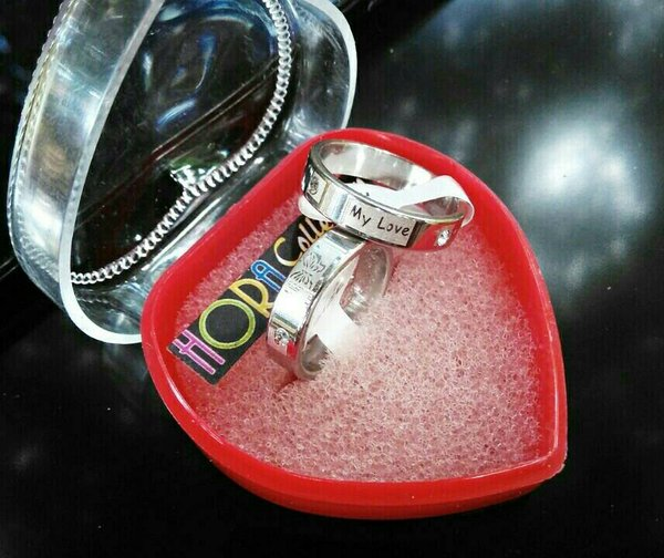 Cincin couple motif gambar dua permata titanium steel Hora Collection
