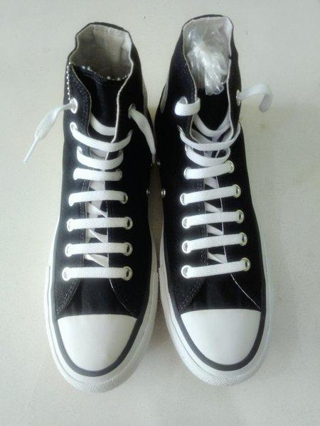 Sepatu Converse Boots Black