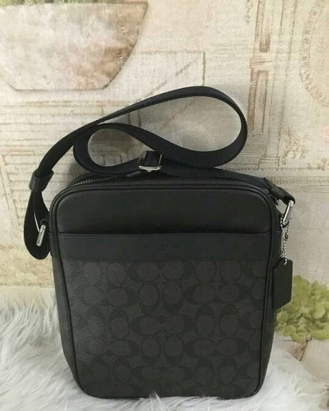 Tas coach pria original - coach flight messenger sign black authentic