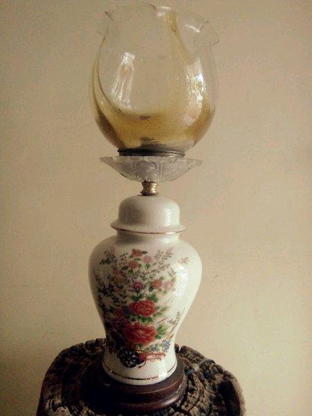 lampu meja keramik antik