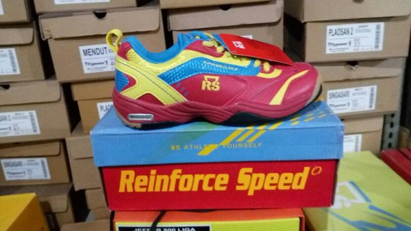 Sepatu Badminton RS SUPER SERIES 612 JR Original