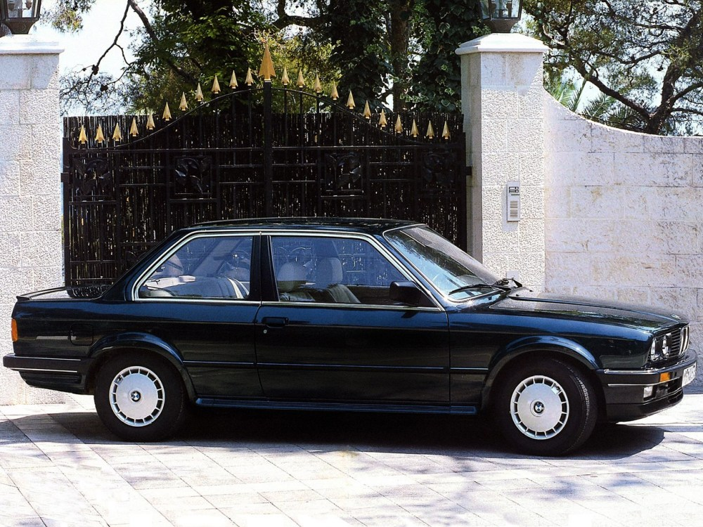 medium resolution of  bmw 3 series coupe e30 1982 1992