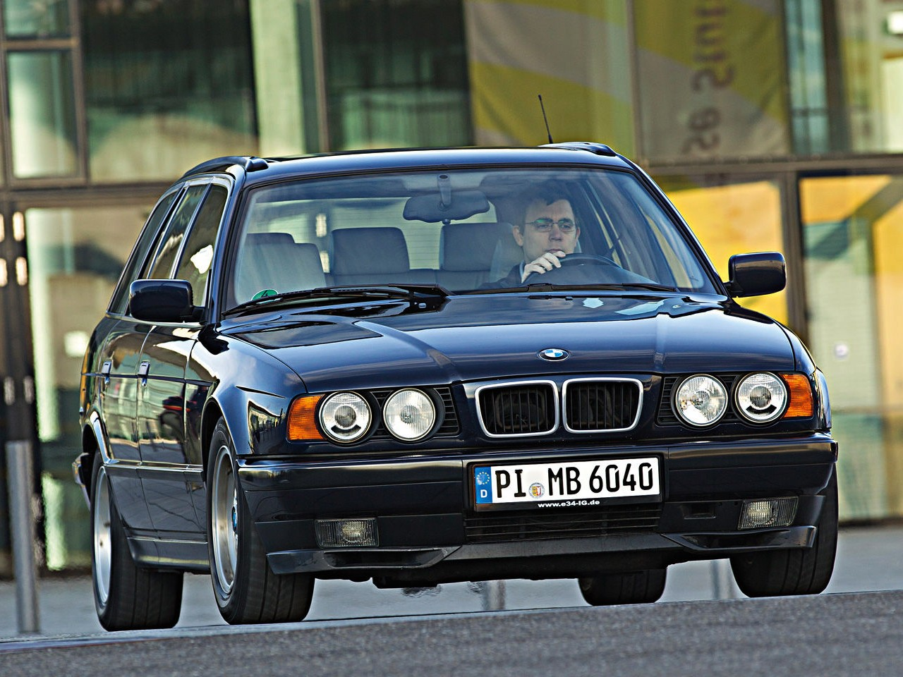 hight resolution of  bmw 5 series touring e34 1992 1997