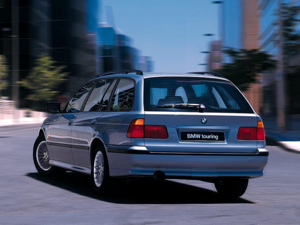 Bmw 5 Series Touring E39 Specs Amp Photos