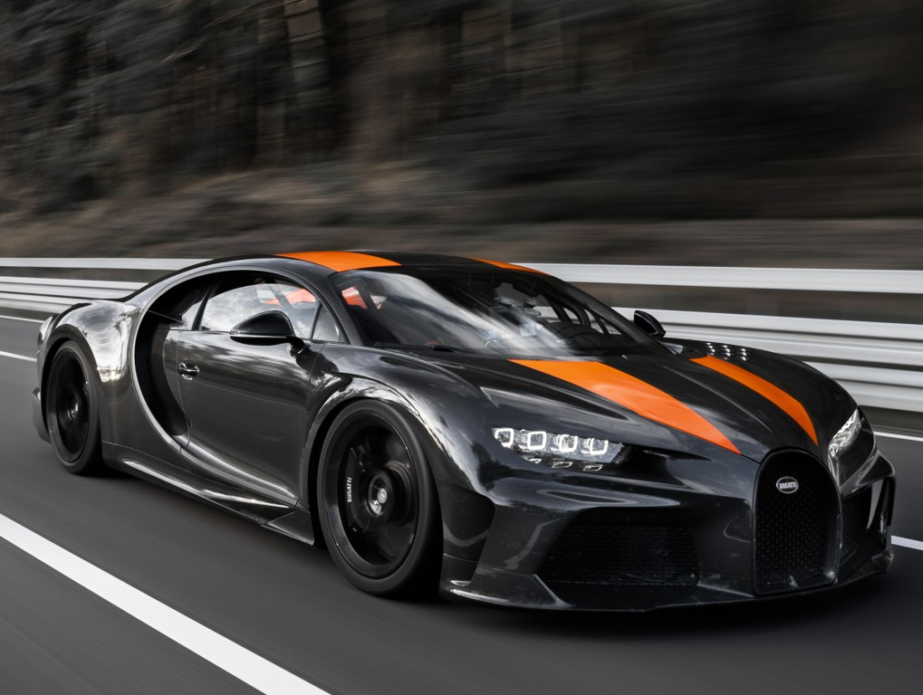 BUGATTI Chiron Super Sport 300+ specs & photos - 2020 - autoevolution