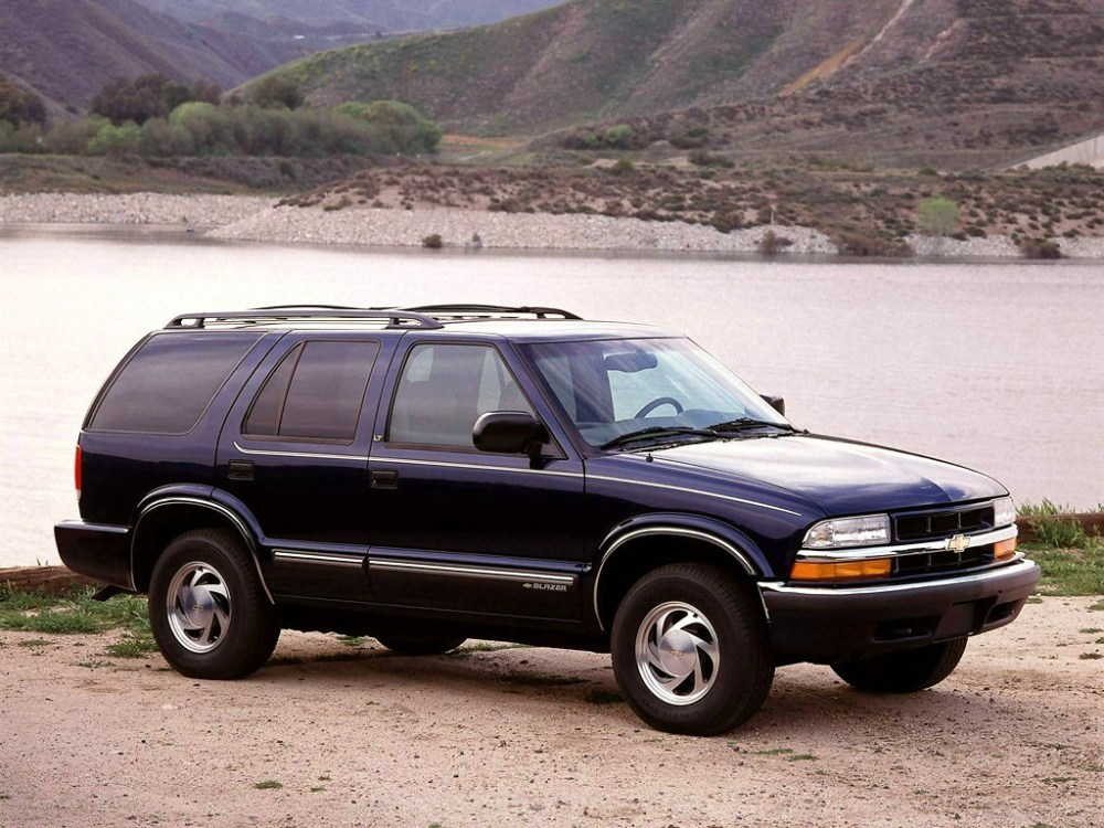 medium resolution of  chevrolet blazer 5 doors 1995 2005