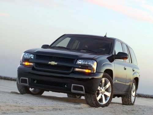 small resolution of  chevrolet trailblazer ss 2005 2008