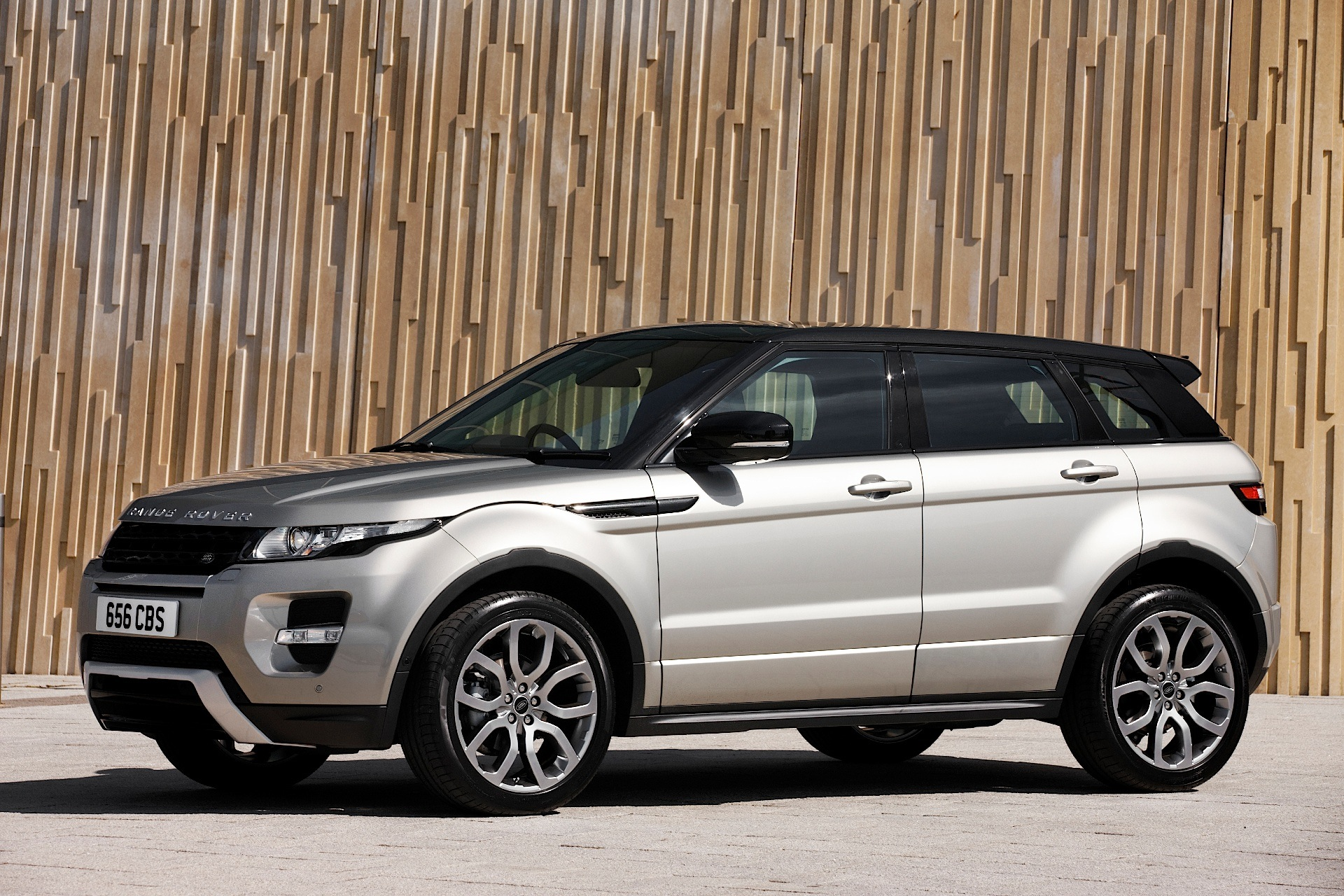 LAND ROVER Range Rover Evoque 5 Door specs 2011 2012 2013