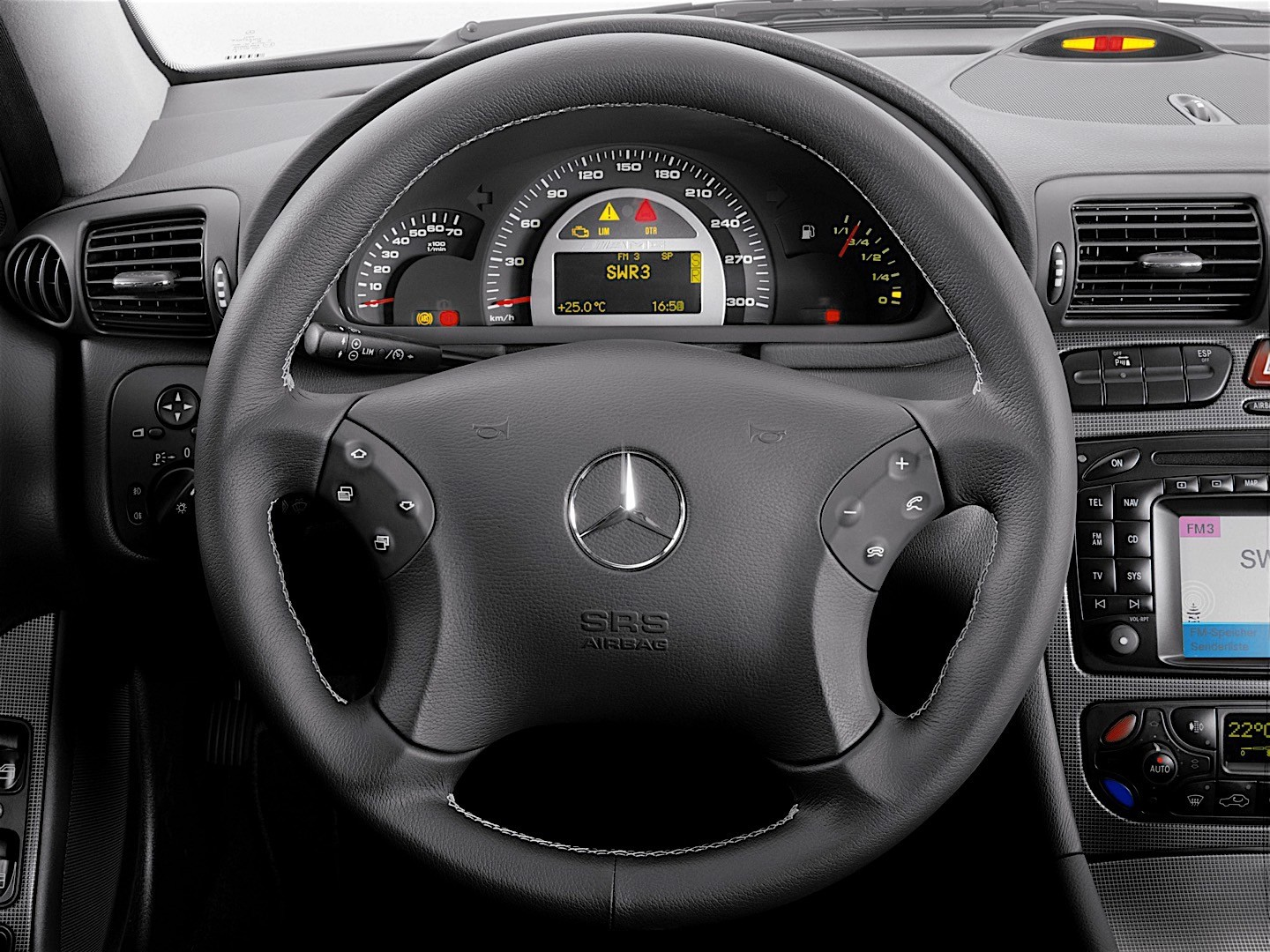 MERCEDES BENZ CKlasse AMG W203 specs  photos  2000