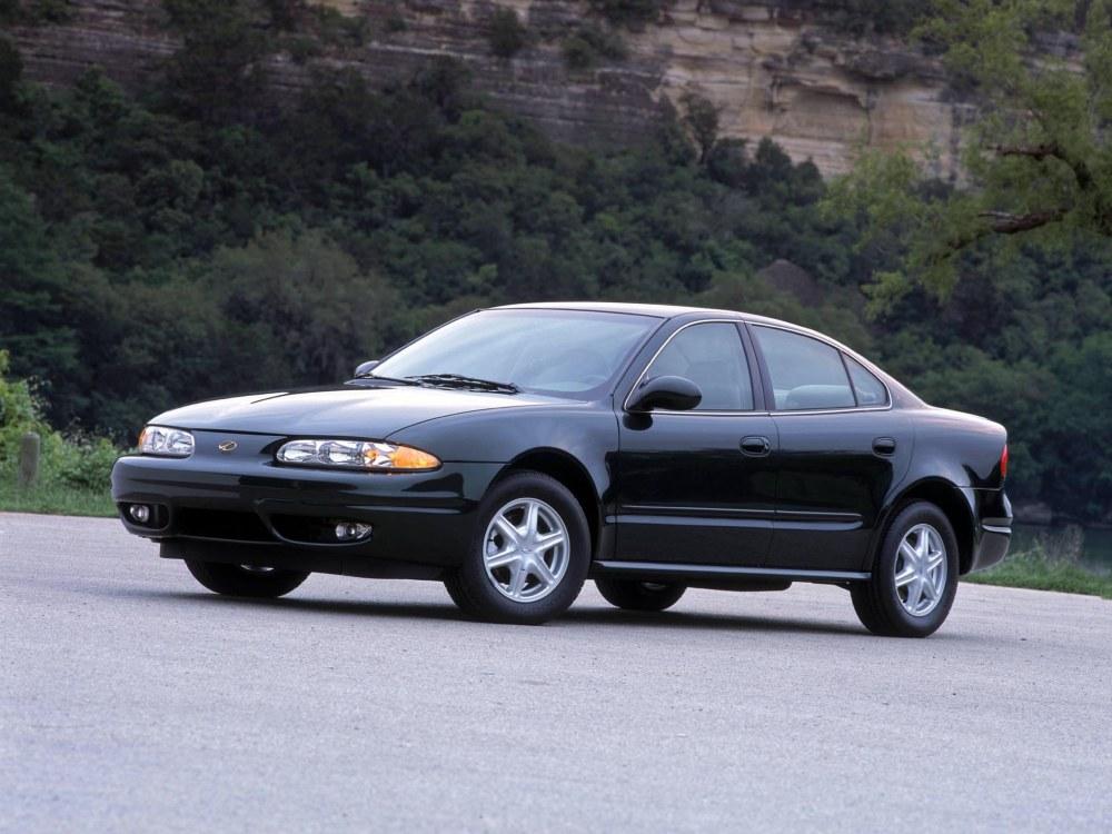 medium resolution of oldsmobile alero sedan 1999 2004
