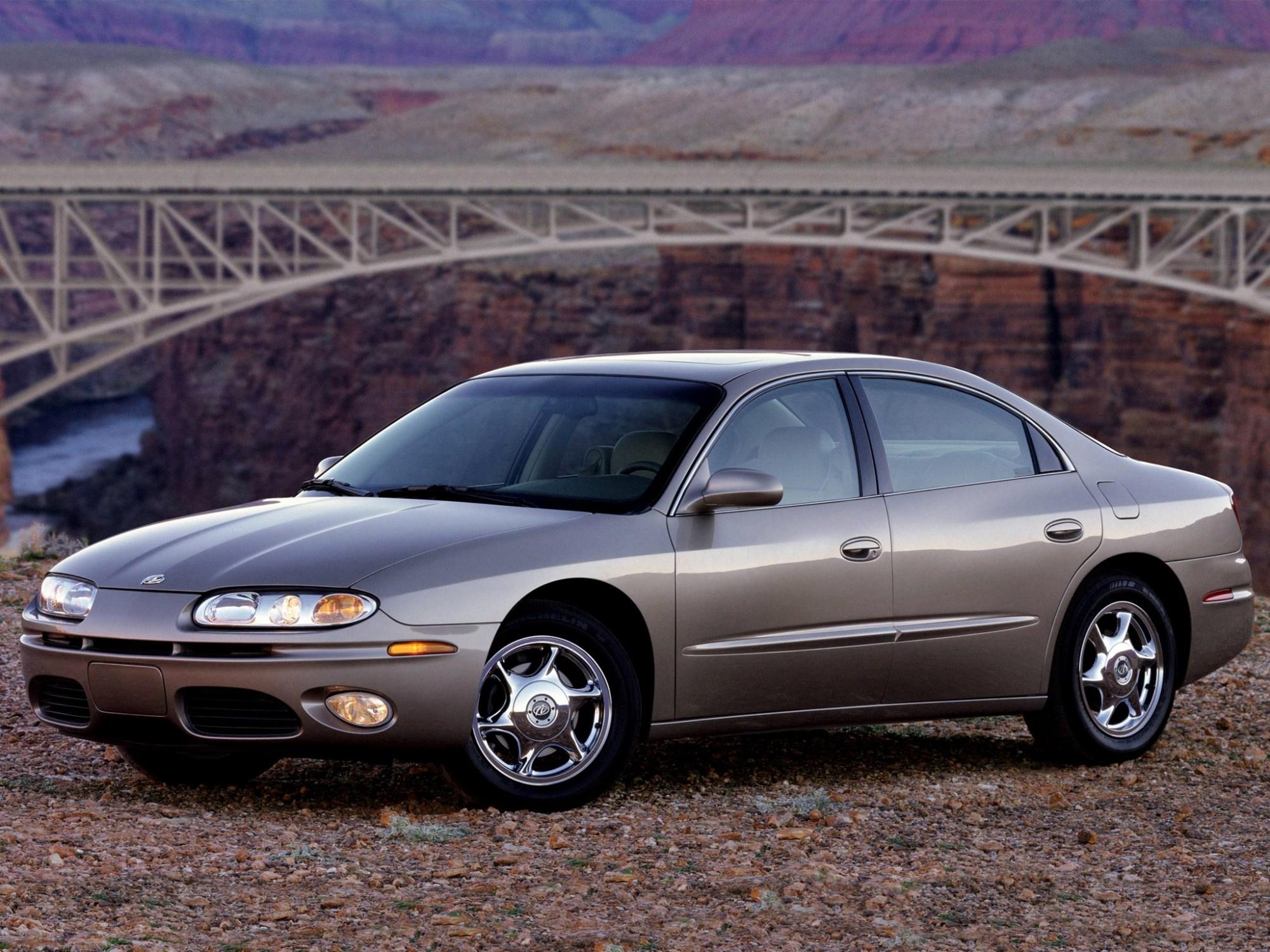 hight resolution of oldsmobile aurora 2000 2003