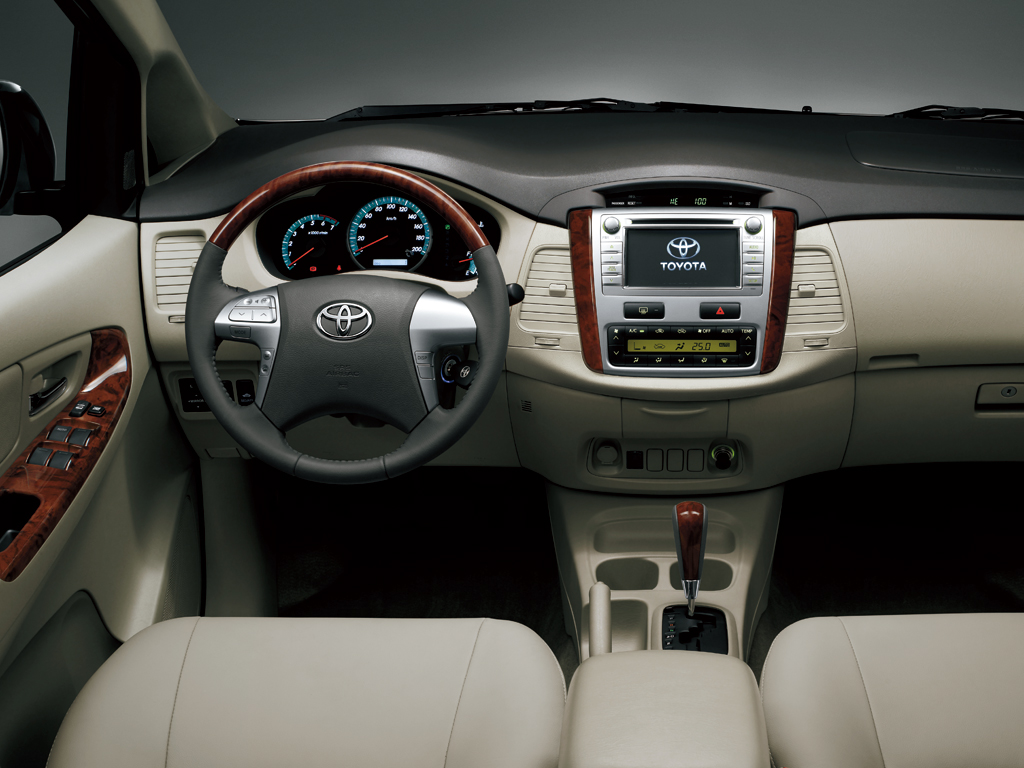 brand new toyota camry motor grand avanza vs mobilio innova specs - 2011, 2012, 2013 autoevolution