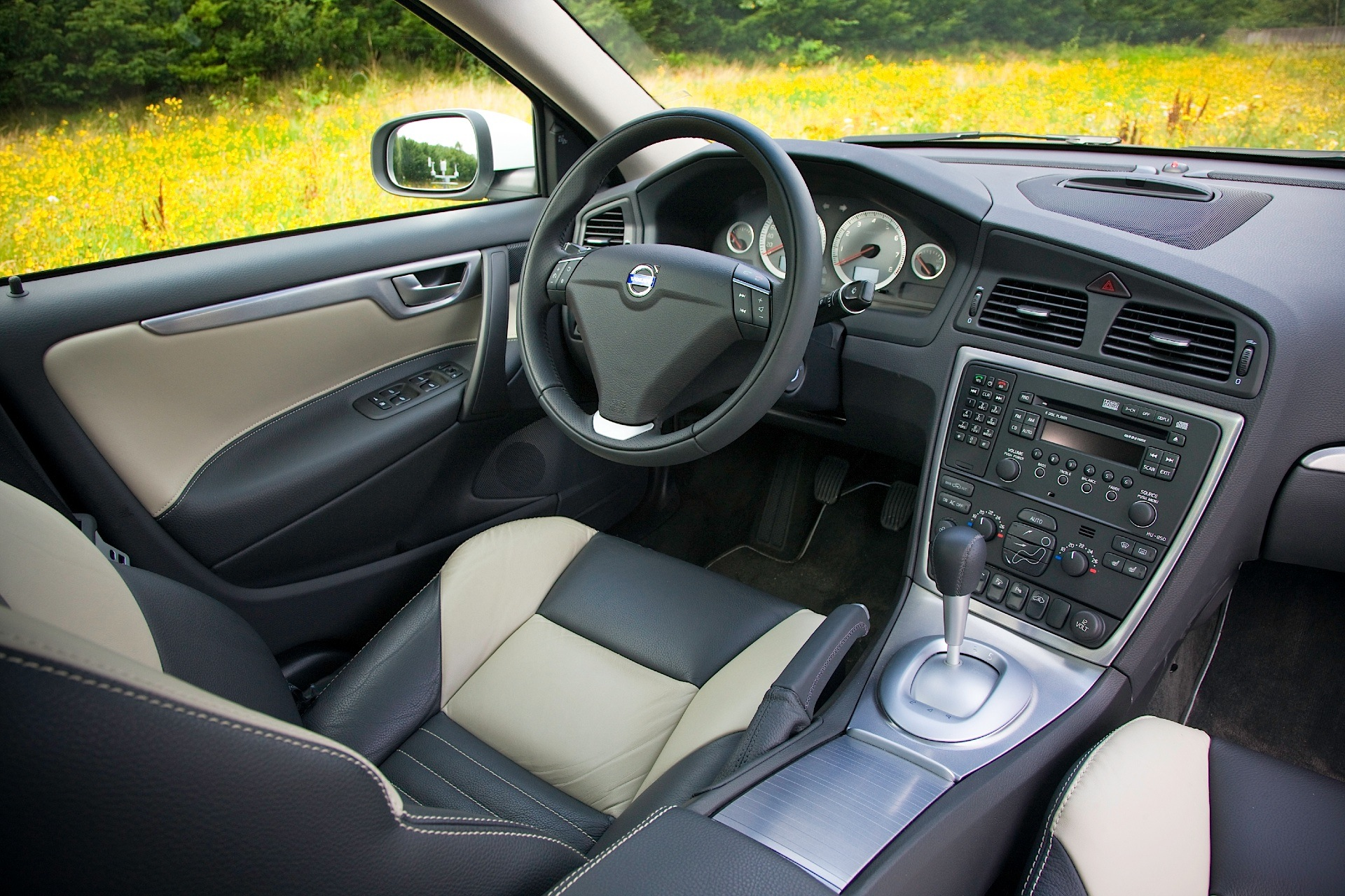 Volvo S60 Specs Amp Photos 2008 2009 2010 Autoevolution