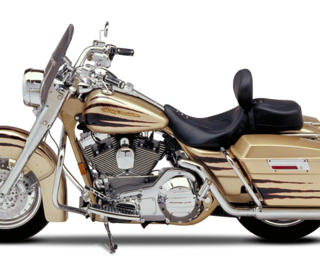 Harley Davidson Cvo Road King 2002 2003