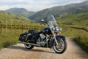 HARLEY DAVIDSON Road King Classic specs  2011, 2012  autoevolution