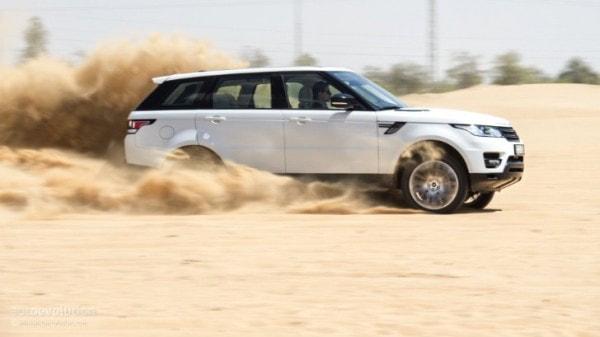 Range Rover Sport Supercharged In Dubais Desert Hd Wallpapers