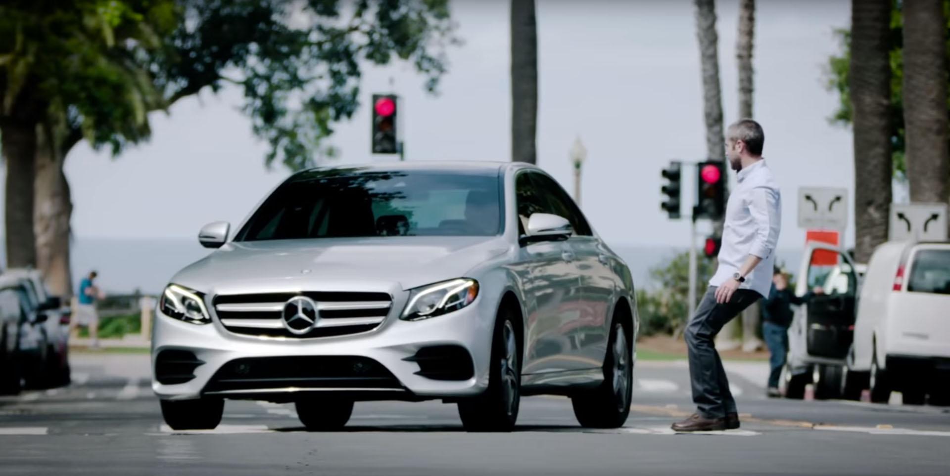2017 Mercedes-Benz E-Class Evasive Steering Assist Function Explained - autoevolution