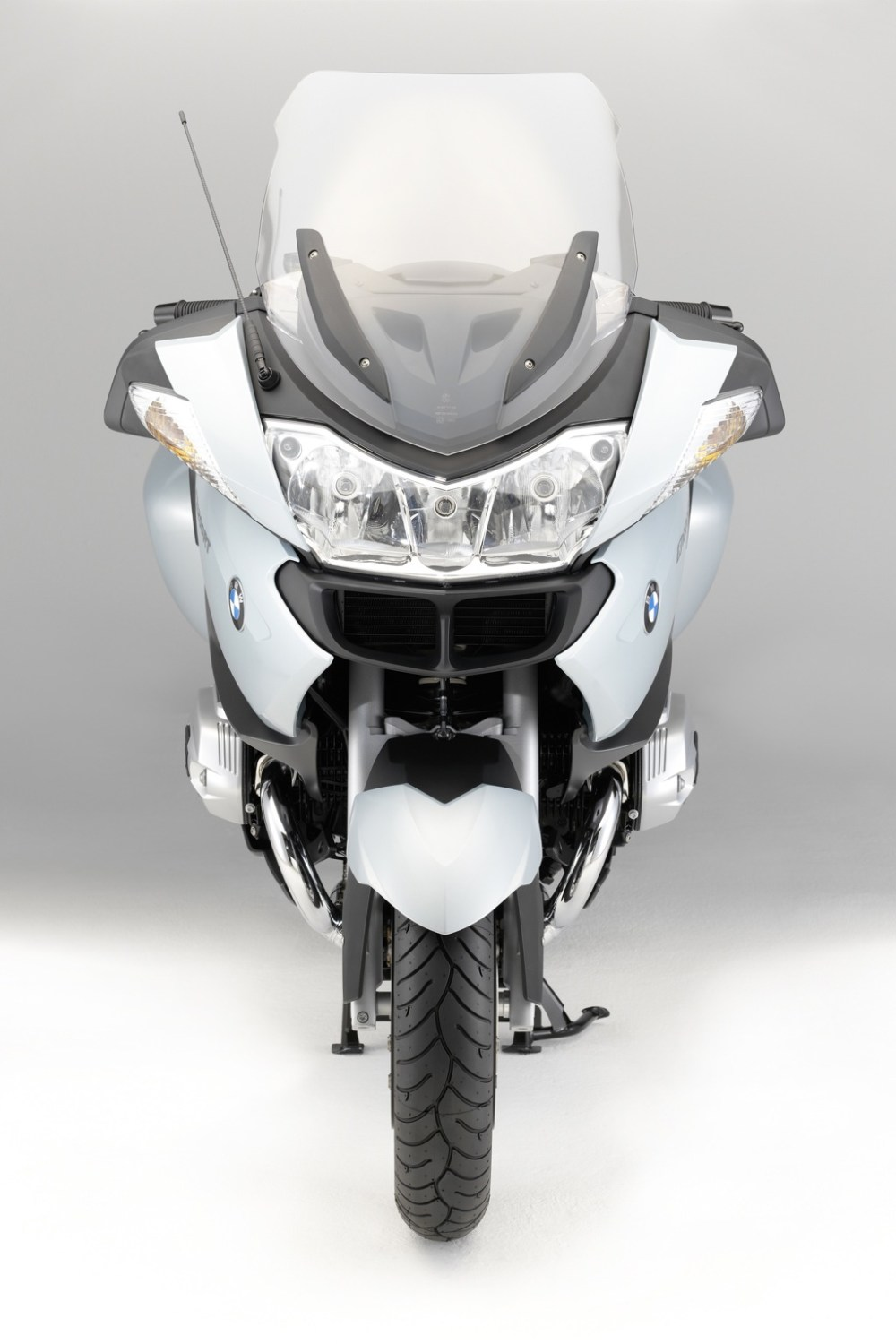 medium resolution of german motorcycle manufacturer bmw had just released full details and photos on the updated versions of 2010 bmw r 1200 rt