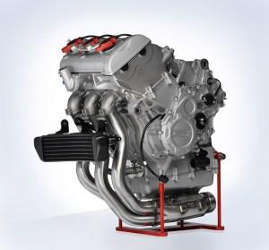 2013 MV Agusta Brutale 675 Looks Brutal, Has Affordable Price  autoevolution