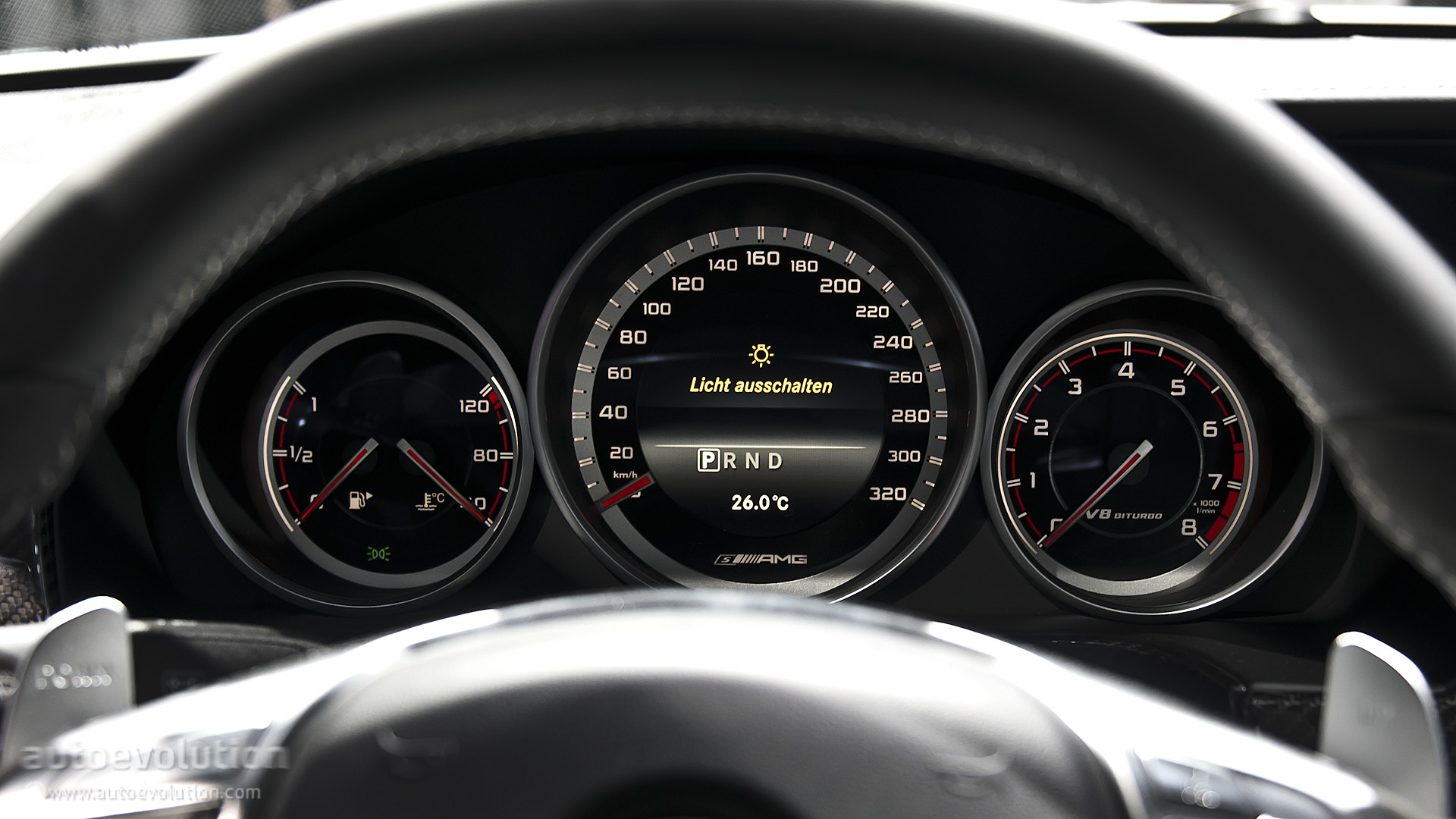2013 NAIAS Mercedes Benz E63 AMG S 4MATIC Live Photos