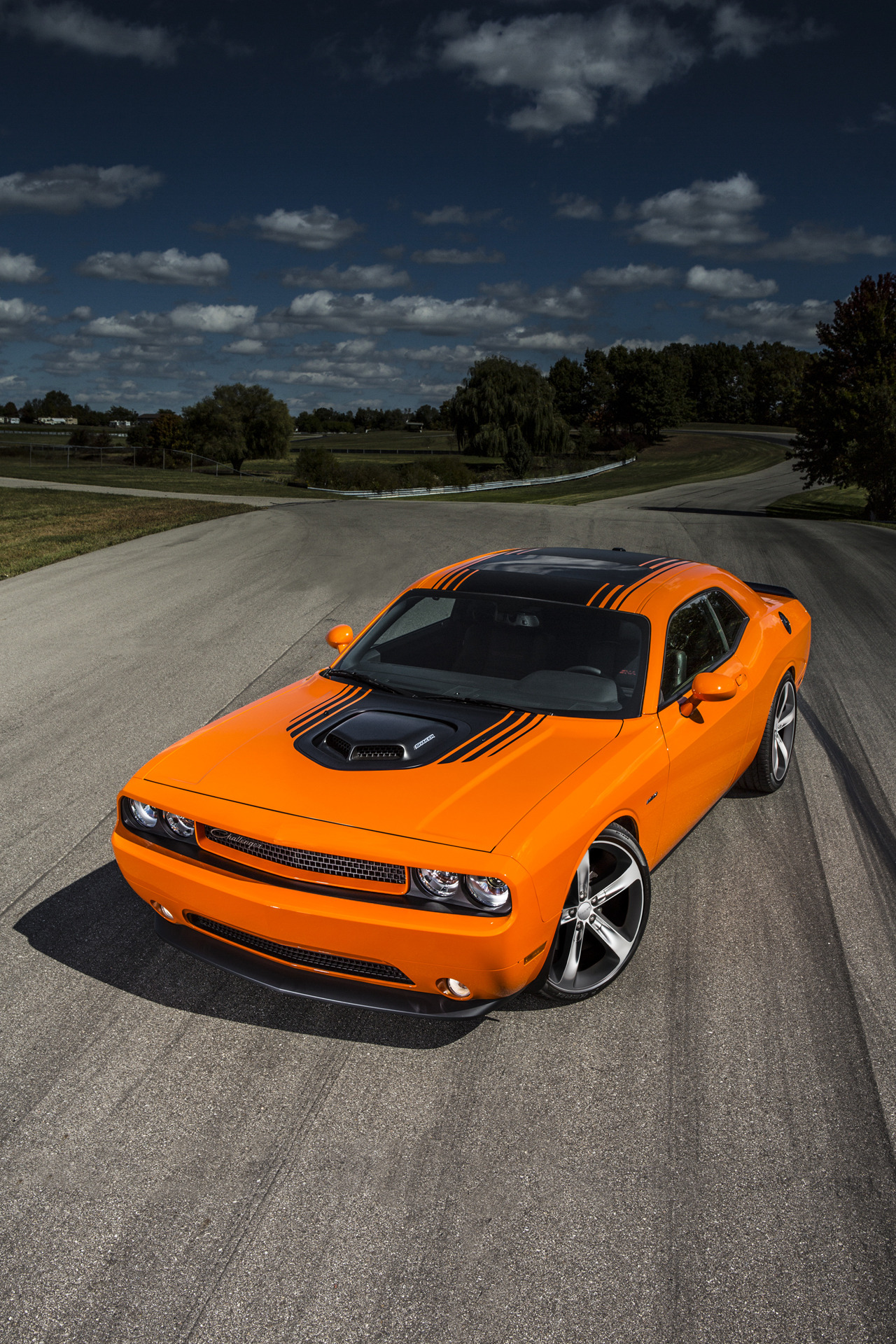 Fast And Furious Iphone 5 Wallpaper 2014 Dodge Challenger R T Shaker Brings Back The Hemi