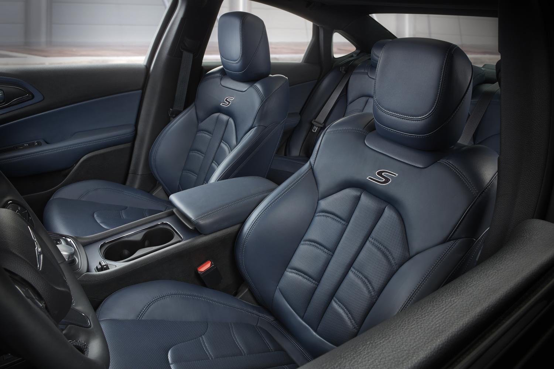 2015 Chrysler 200 Gains Ambassador Blue And Mocha Leather