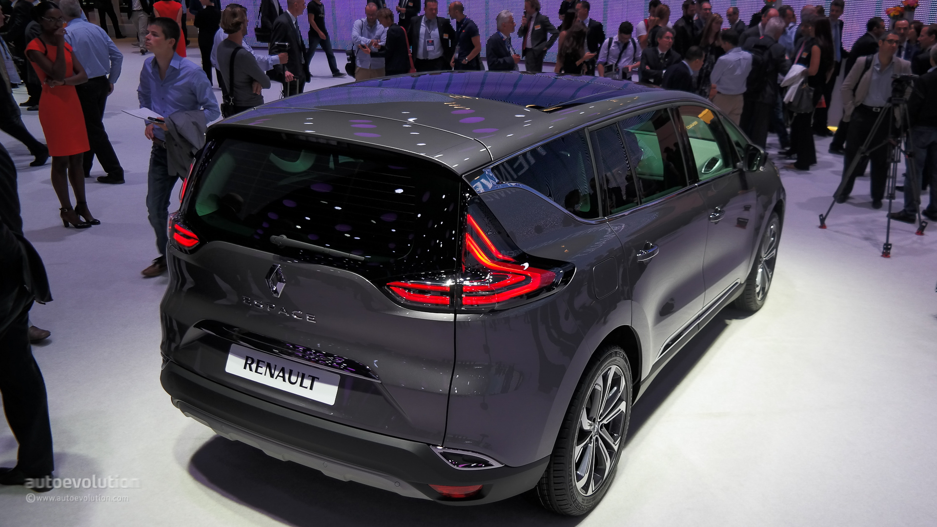 2015 Renault Espace Has a Clio RS 200 Horsepower Engine Live Photos  autoevolution