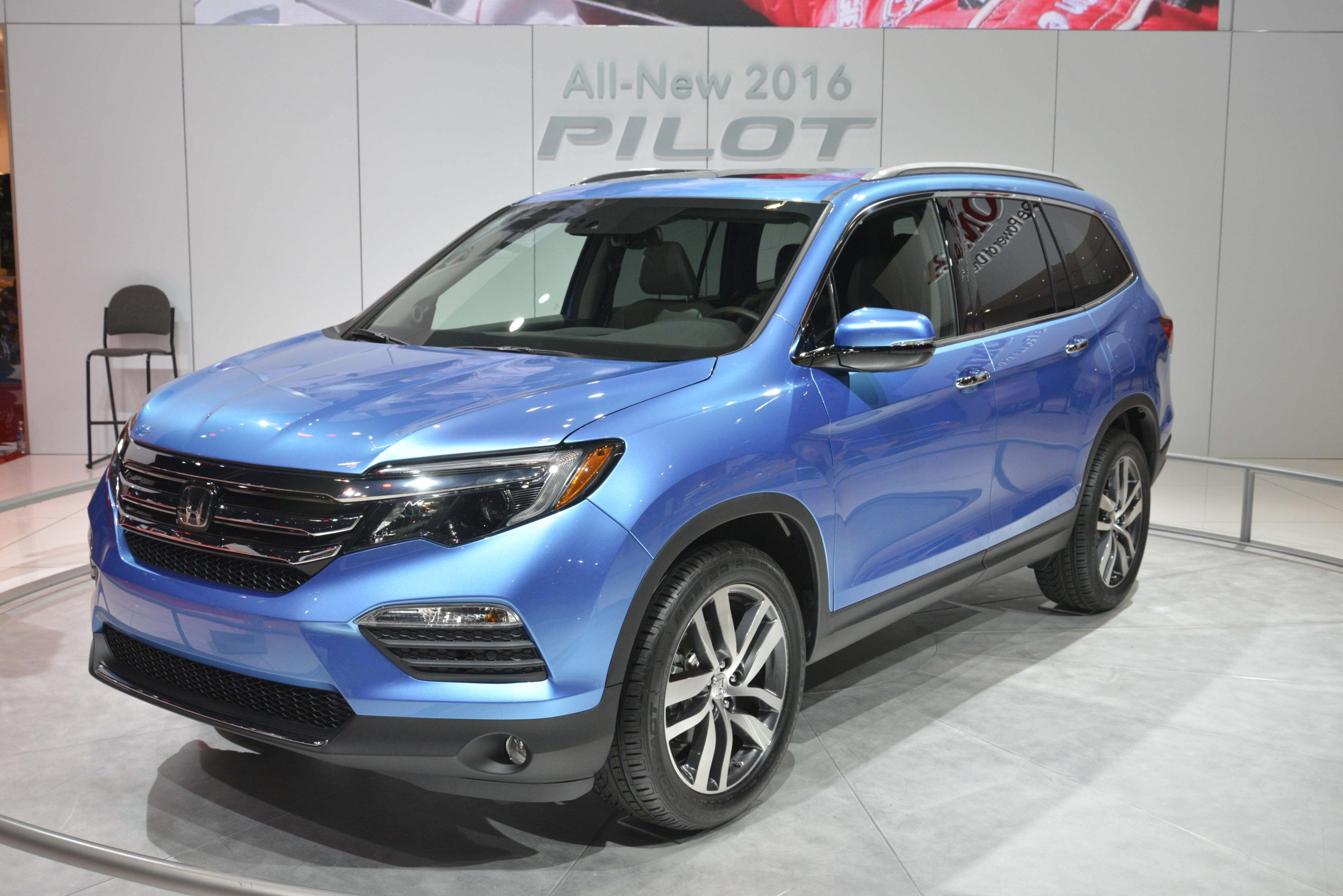 2016 Honda Pilot Is Lighter and Sexier for Chicago Auto Show Debut  autoevolution
