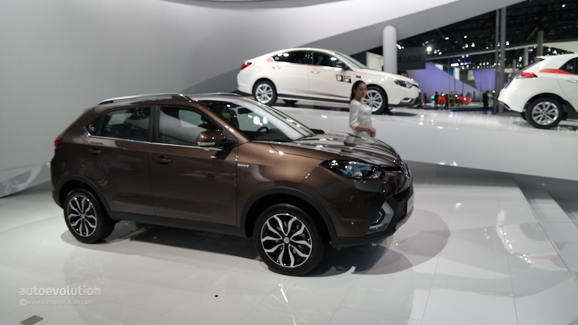 2016 MG GS SUV Priced from 14995 Undercuts the Nissan Qashqai by 3550  autoevolution