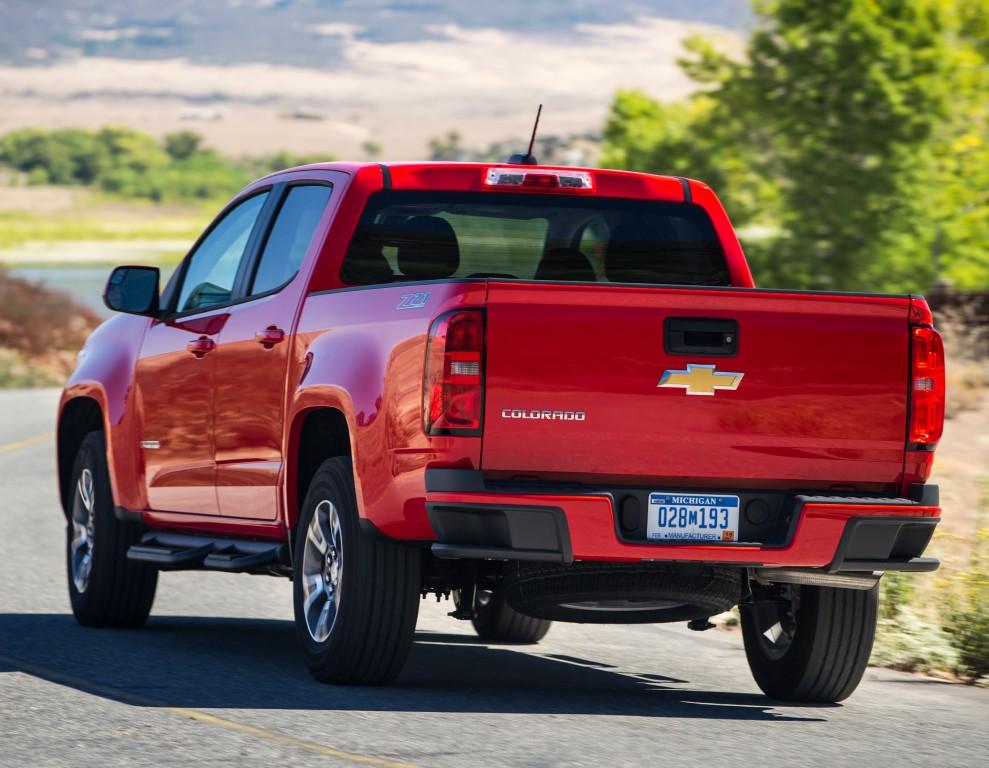 2017 Chevrolet Colorado Gets New V6 Engine 8Speed Automatic Transmission  autoevolution