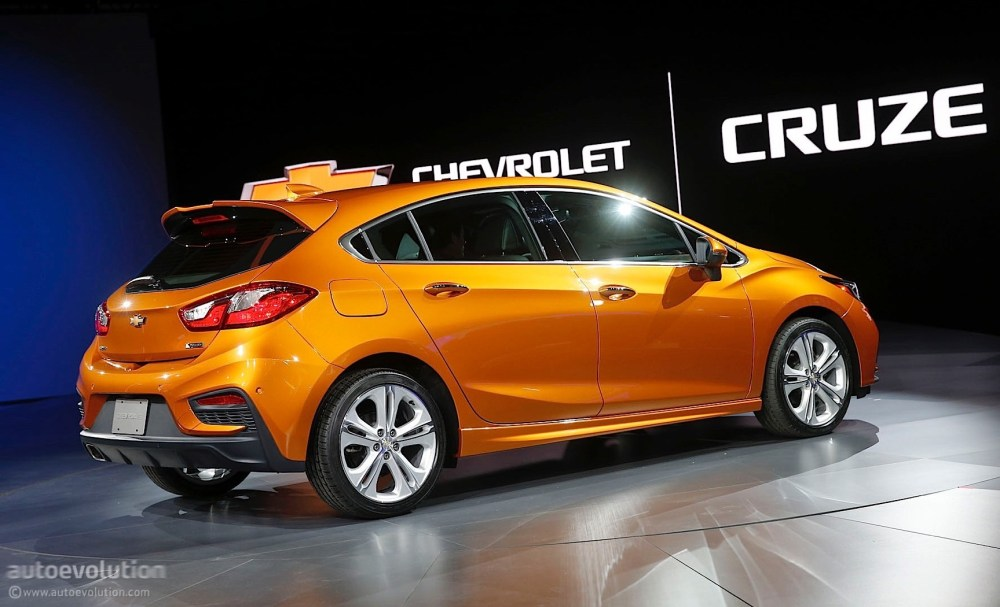 medium resolution of  2017 chevrolet cruze hatch