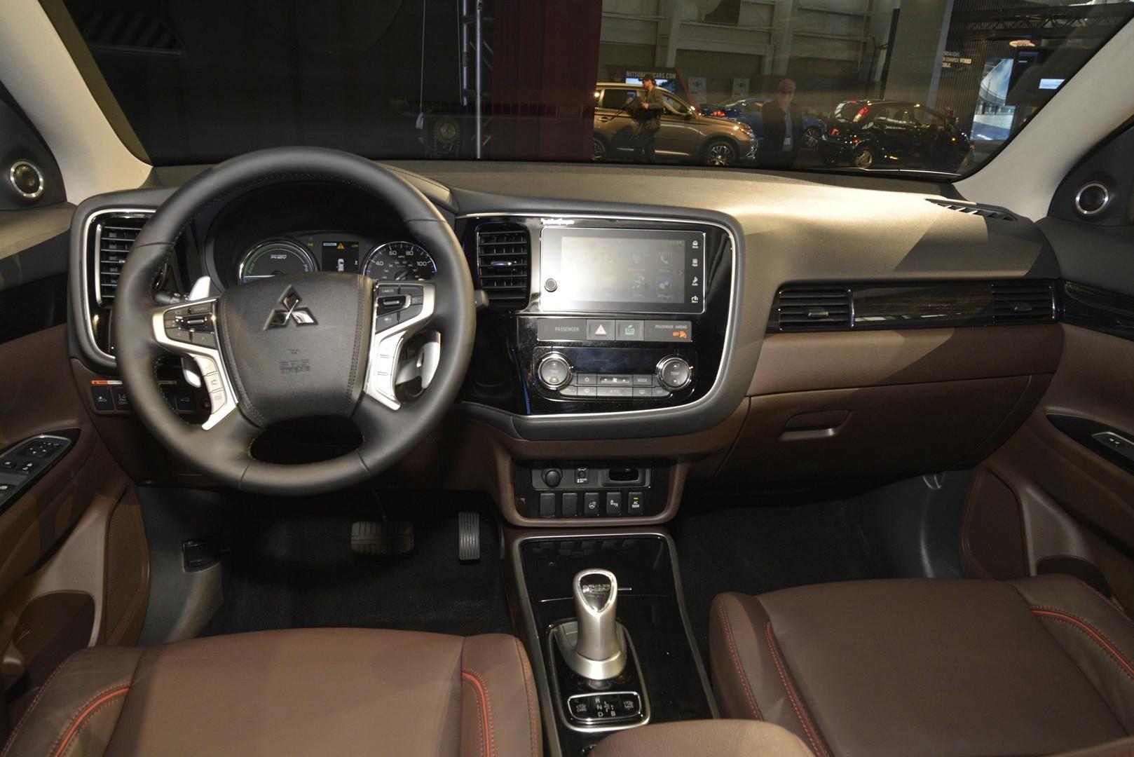 Toyota Prius 2017 Interior
