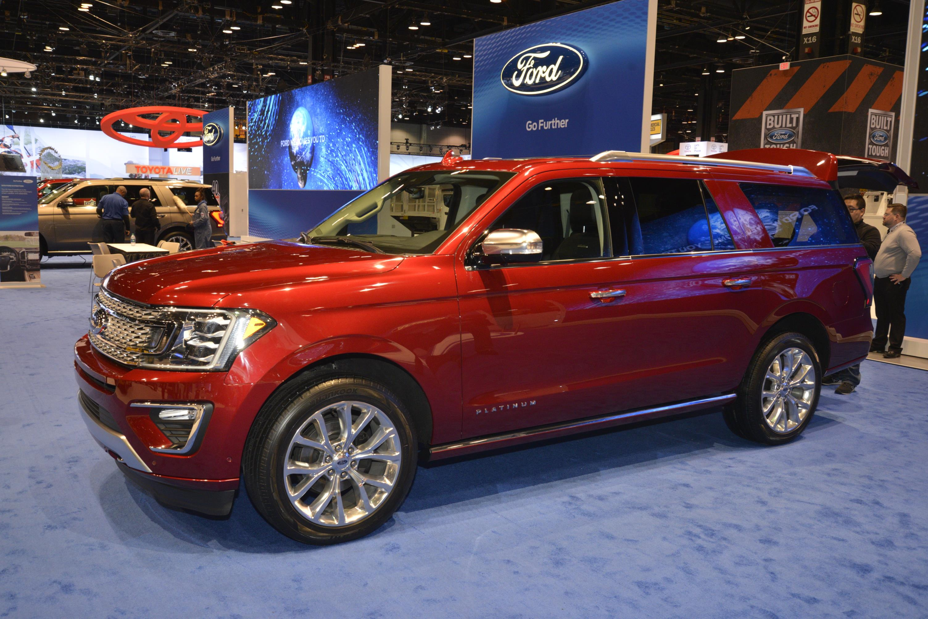 2018 Expedition is Ford s Range Rover at the Chicago Auto Show
