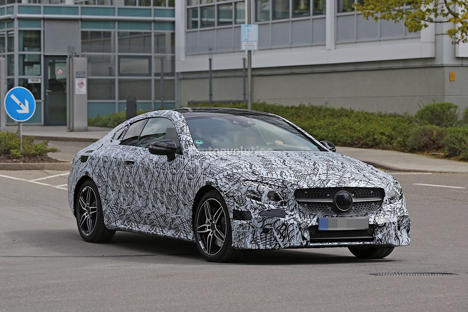2018 Mercedes-Benz E-Class Coupe Spied in Germany - autoevolution