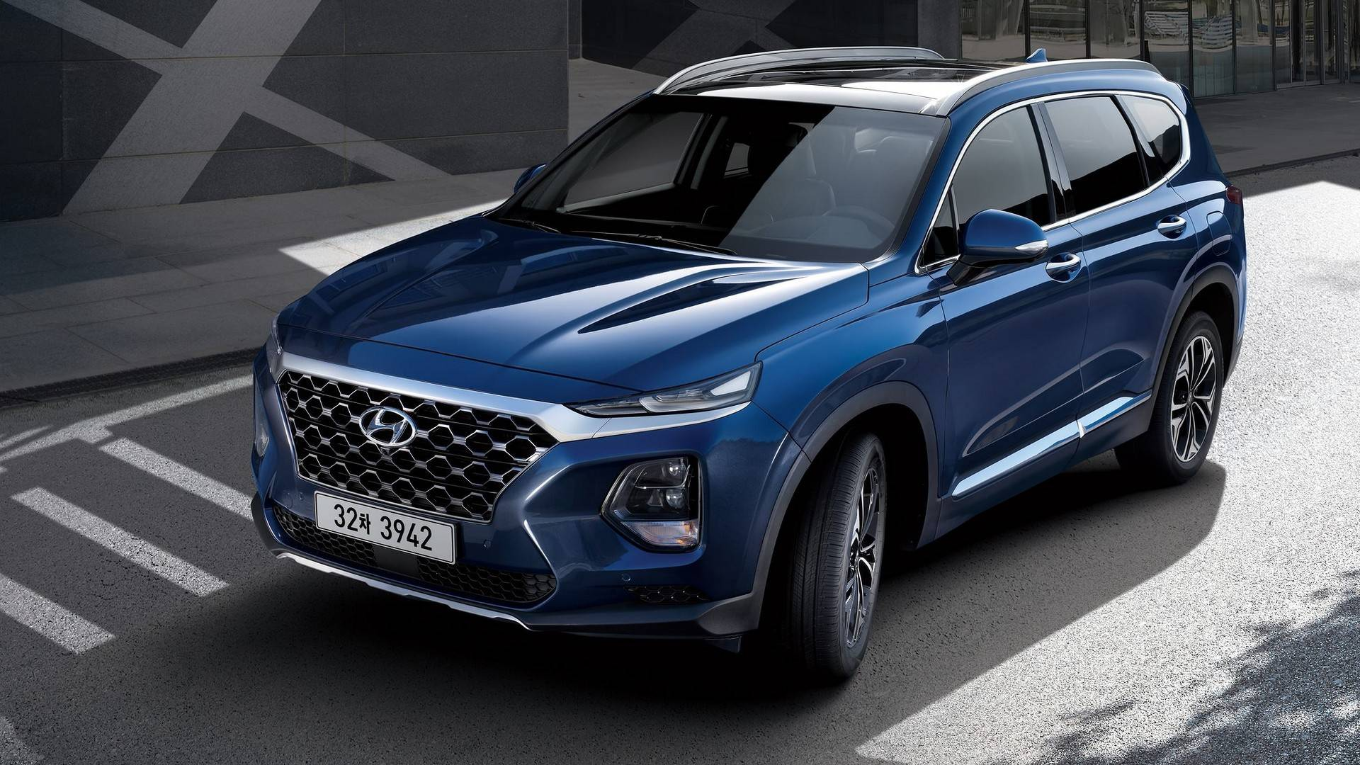 Over time, your vehicle's radiator can corrode and wear out, causing leaks and overheating. 2019 Hyundai Santa Fe Priced From $25,500 - autoevolution