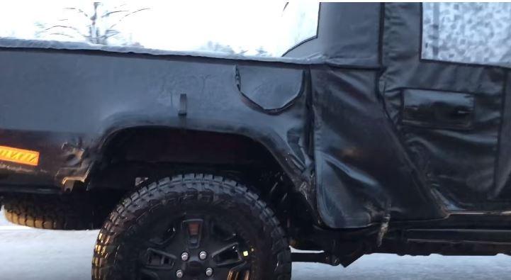 2019 Jeep Wrangler Pickup Scrambler Spotted In Traffic