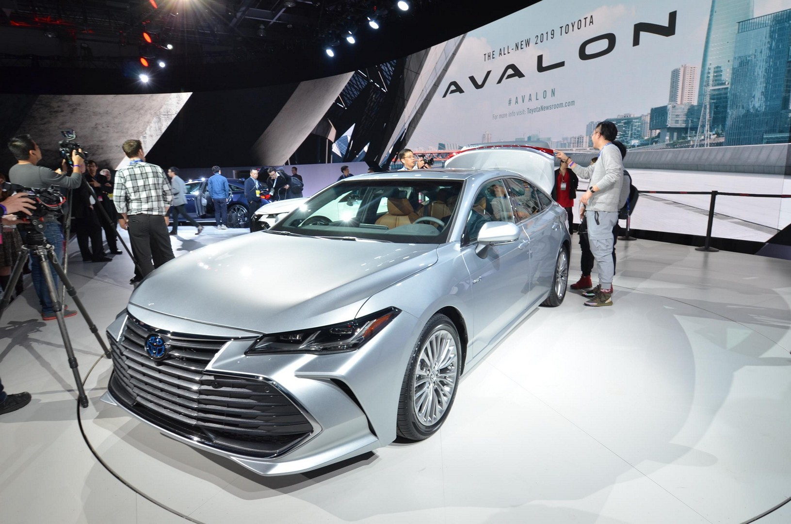 all new camry 2019 thailand grand toyota avanza 2015 avalon looks sufficiently japanese autoevolution