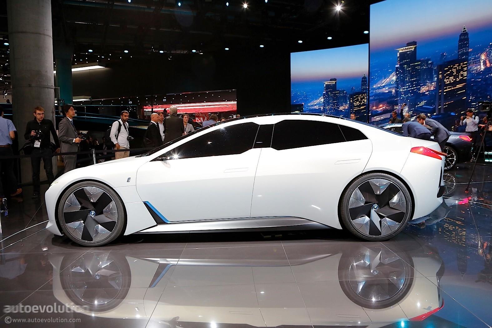 2020 BMW I4 To Have Tesla Beating Range Autoevolution