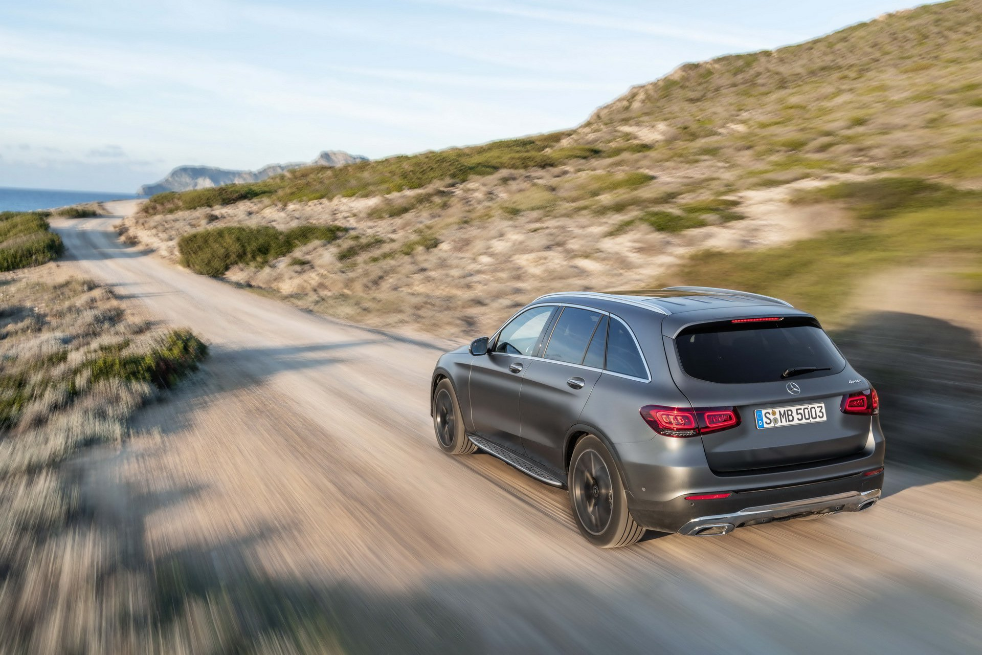 2020 Mercedes GLC-Class Reveals Design Changes and New 2-Liter Engines - autoevolution