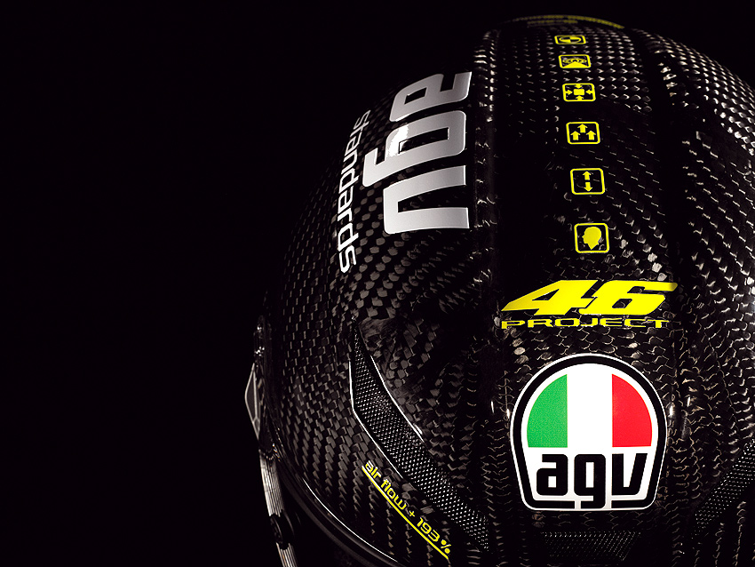 Motocross Girl Wallpaper Agv Surfaces The Pista Gp Rossi Replica Helmet Autoevolution