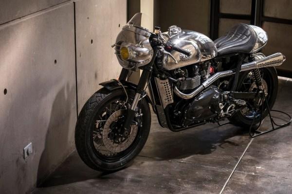 Benjie' Triumph Thruxton Steampunk Racer - Autoevolution