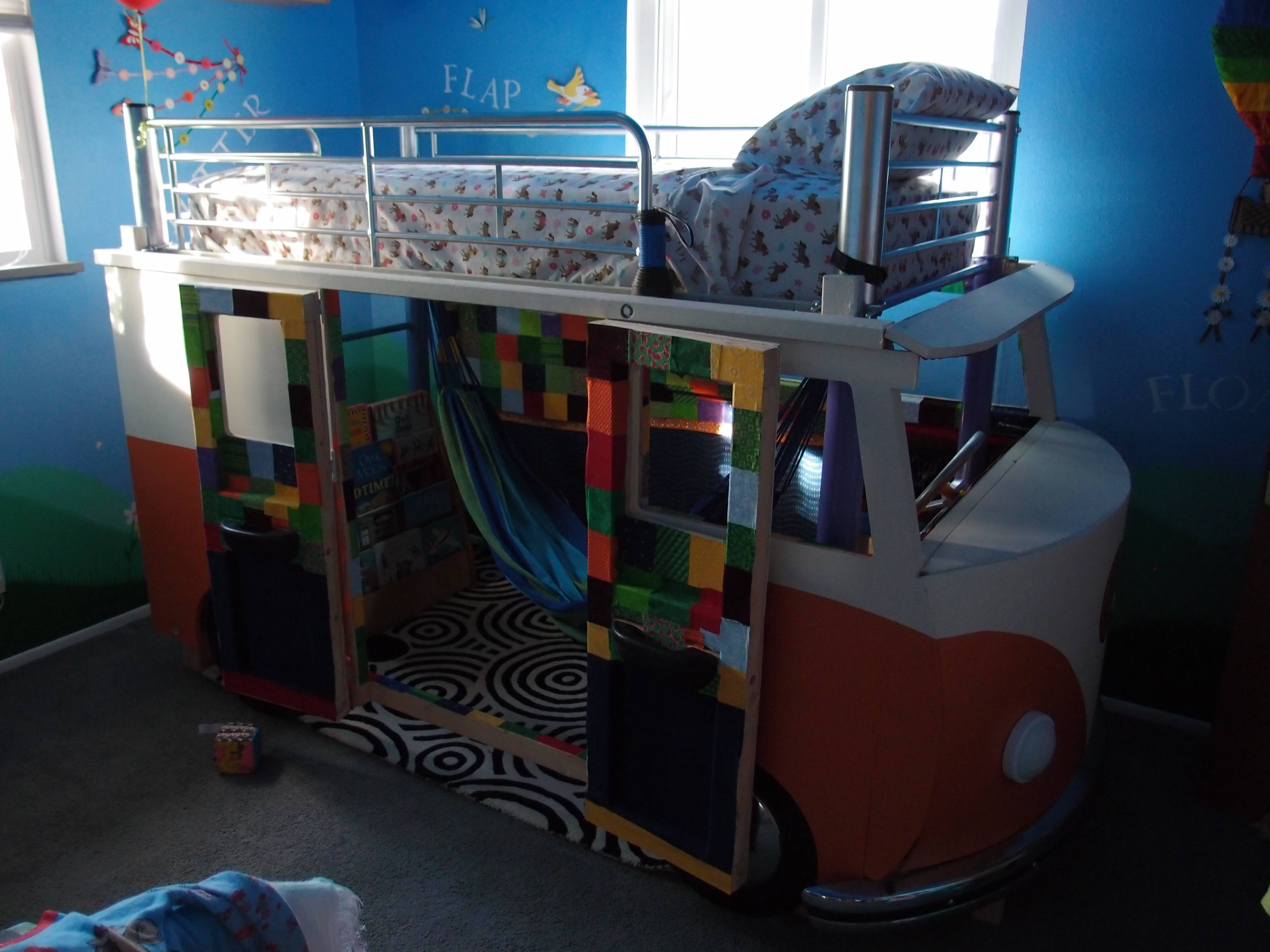 Best Dad Ever Builds VW Bus Bed For 3yearold Daughter