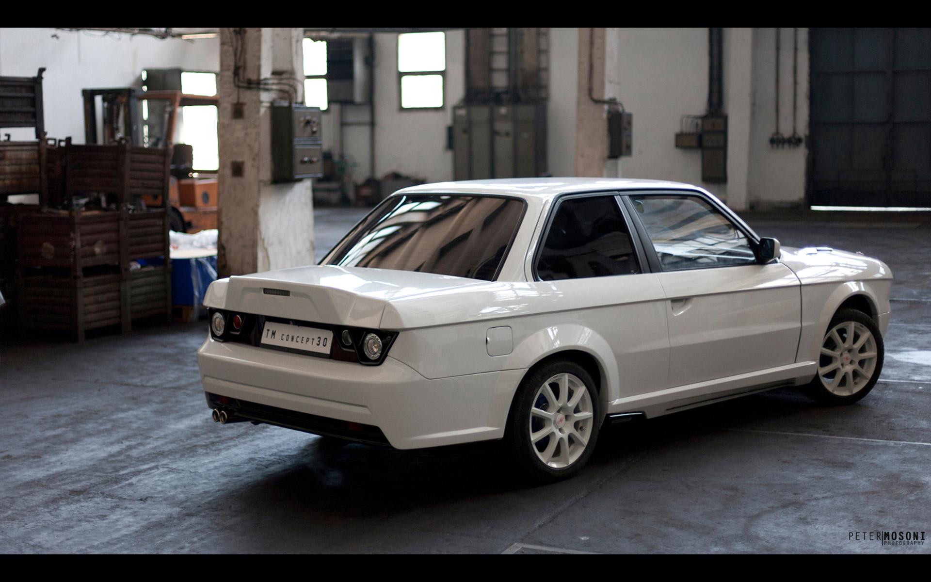 Modern BMW E30 3 Series Kit Is Ridiculous Autoevolution