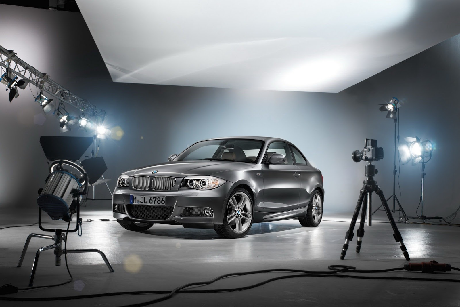 BMW Unveils 1 Series Limited Edition Lifestyle Autoevolution