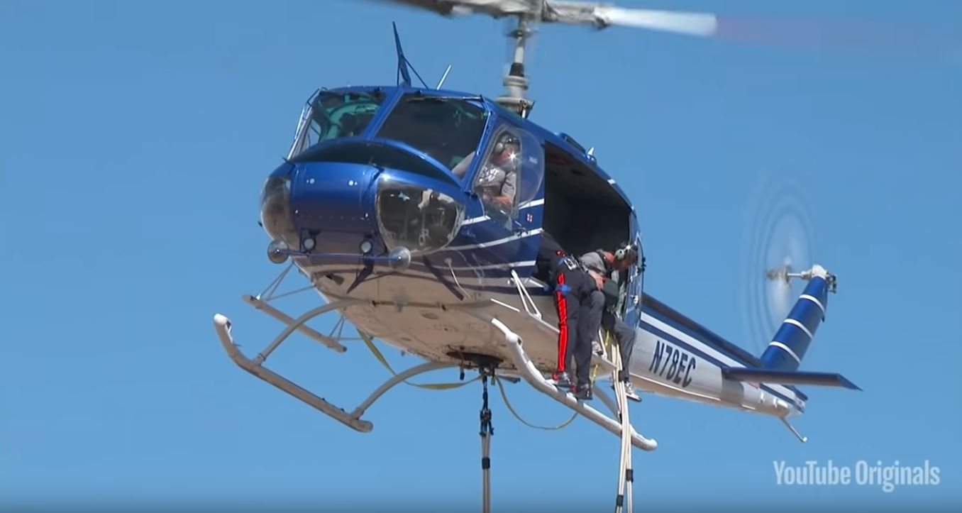 Diddy Jumps Out of a Plane on His Birthday Lands at The Playboy Mansion  autoevolution