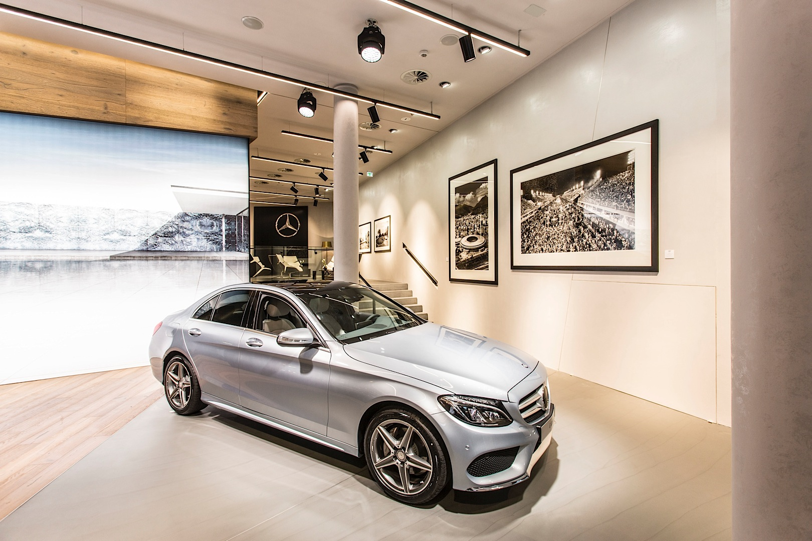 First Innovative Mercedes Me Store Opens In Germany Autoevolution