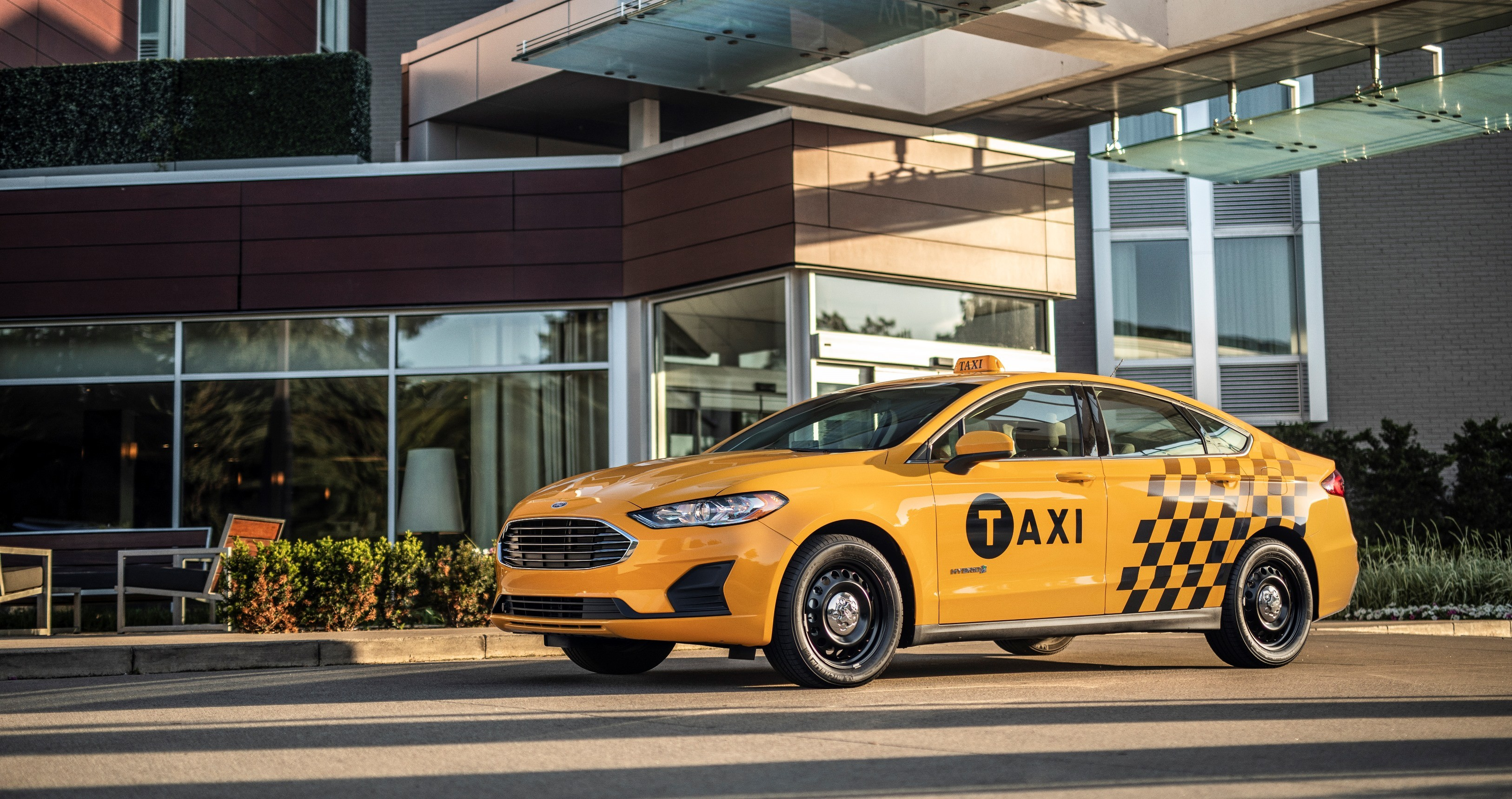 brand new camry hybrid dimensi grand avanza 2015 ford unveils fusion taxi, transit connect diesel ...