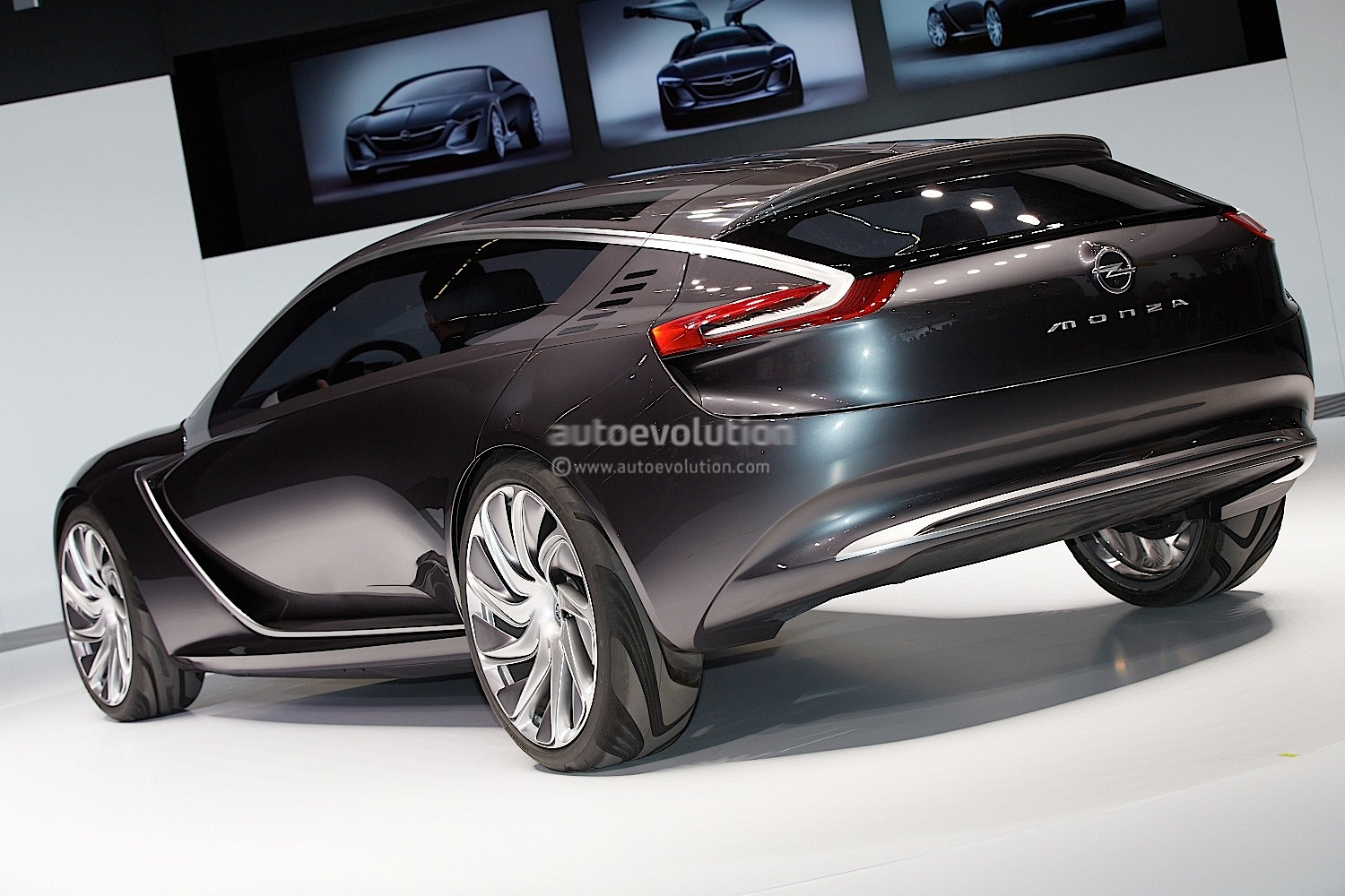 hight resolution of  opel monza concept