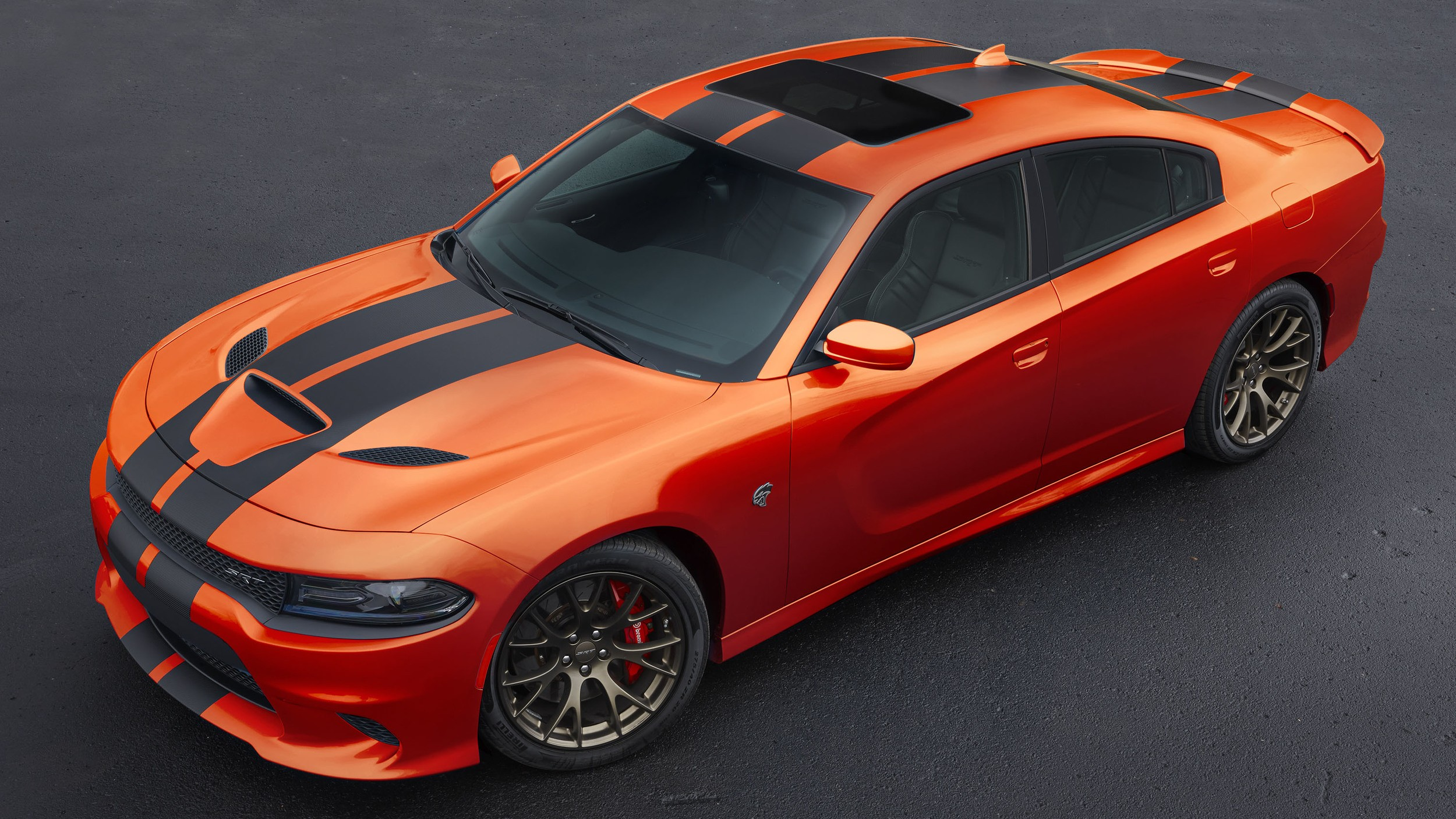 Go Mango Paint Is Now On Regular 2016 Dodge Charger And Challenger Autoevolution